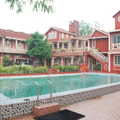 Отель FabHotel Golden Days Club бассейн фото 2
