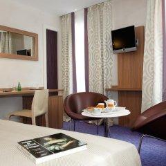Hotel de Sevigne 3* Стандартный номер с разными типами кроватей фото 4