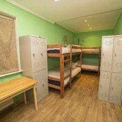 Crazy Dog Hostel Кровать в общем номере с двухъярусной кроватью фото 3