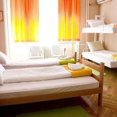 Hostel Beogradjanka Кровать в общем номере с двухъярусной кроватью фото 9
