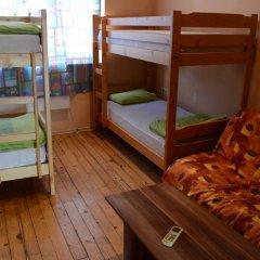 Elegance Hostel and Guesthouse Кровать в общем номере с двухъярусной кроватью фото 6