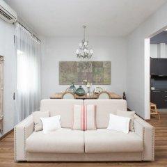 Отель BCN Rambla Catalunya Apartments Испания, Барселона - отзывы, цены и фото номеров - забронировать отель BCN Rambla Catalunya Apartments онлайн комната для гостей