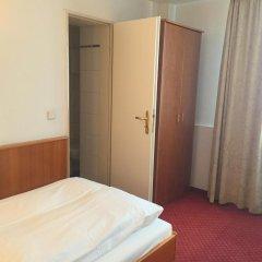Отель Bismarck Германия, Дюссельдорф - отзывы, цены и фото номеров - забронировать отель Bismarck онлайн комната для гостей