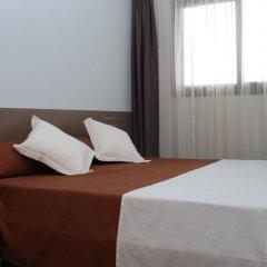 Отель Aparthotel El Faro комната для гостей фото 3