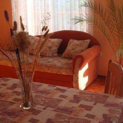 Отель Evgenia Apartment Болгария, Поморие - отзывы, цены и фото номеров - забронировать отель Evgenia Apartment онлайн комната для гостей фото 2