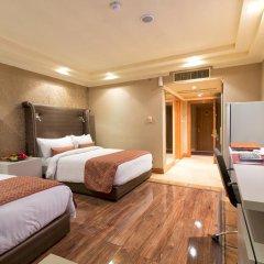Victoria Crown Plaza Hotel 4* Стандартный номер фото 3
