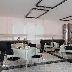 Отель Royal Bay Resort All Inclusive Болгария, Балчик - отзывы, цены и фото номеров - забронировать отель Royal Bay Resort All Inclusive онлайн питание