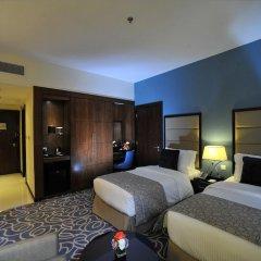 Отель Ramada Corniche 4* Номер Делюкс фото 5