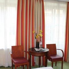 Hotel Deutsches Theater Stadtmitte (Downtown) 3* Стандартный номер с различными типами кроватей фото 6