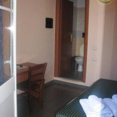 Отель Serendipity 3* Стандартный номер с двуспальной кроватью фото 21