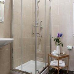 Отель Due Passi Италия, Палермо - отзывы, цены и фото номеров - забронировать отель Due Passi онлайн ванная фото 2