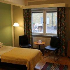 Отель Teaterhotellet Швеция, Мальме - 1 отзыв об отеле, цены и фото номеров - забронировать отель Teaterhotellet онлайн комната для гостей фото 5