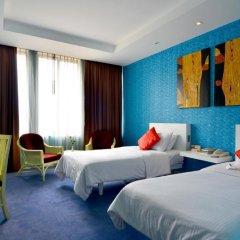 Отель The Tawana Bangkok 3* Номер Делюкс с разными типами кроватей фото 5