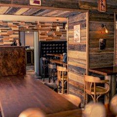 Гостиница Мини-Отель Библиотека в Санкт-Петербурге 4 отзыва об отеле, цены и фото номеров - забронировать гостиницу Мини-Отель Библиотека онлайн Санкт-Петербург гостиничный бар