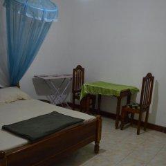 Отель Green Valley Holiday Inn 3* Номер категории Эконом с различными типами кроватей фото 3