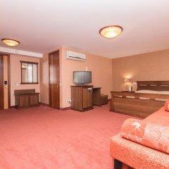 Амакс Премьер Отель Студия разные типы кроватей фото 4