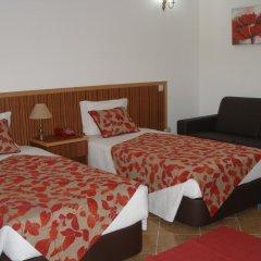 Hotel Louro 3* Стандартный семейный номер разные типы кроватей фото 10