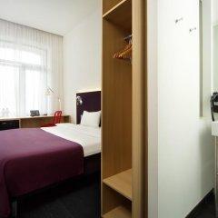 Гостиница AZIMUT Moscow Tulskaya (АЗИМУТ Москва Тульская) 3* Улучшенный номер с разными типами кроватей фото 8