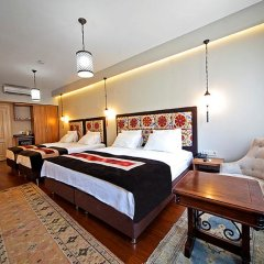 Hippodrome Hotel 3* Семейный номер Делюкс с двуспальной кроватью фото 3