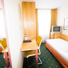Aurbacher Hotel 3* Стандартный номер с различными типами кроватей фото 2