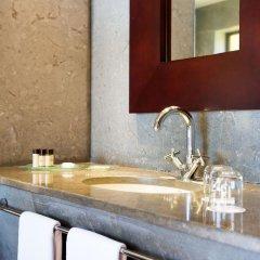 Отель Choupana Hills Resort & Spa Португалия, Фуншал - отзывы, цены и фото номеров - забронировать отель Choupana Hills Resort & Spa онлайн ванная