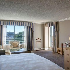 Отель Jw Marriott Santa Monica Le Merigot 4* Стандартный номер фото 8