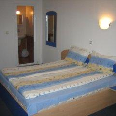 Отель Guest House Rai Стандартный номер с различными типами кроватей фото 2