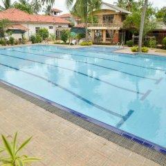 Olanro Hotel бассейн