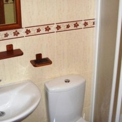 Отель Hostal Le Soleil ванная