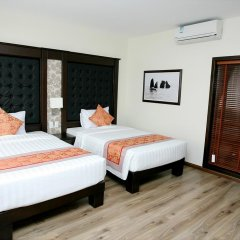 Ha Long Park Hotel 2* Номер Делюкс с различными типами кроватей фото 3