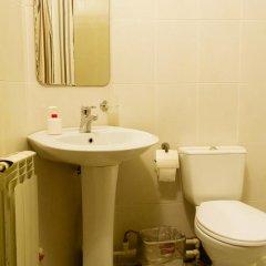 Гостиница Дюма Стандартный семейный номер с двуспальной кроватью фото 3