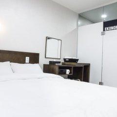 Отель Ekonomy Guesthouse Haeundae 3* Стандартный номер с двуспальной кроватью фото 8