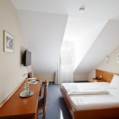 Hotel Blutenburg 2* Стандартный номер с различными типами кроватей фото 7