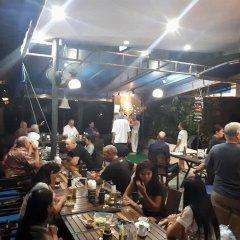 Отель Baan Natacha Beachfront Guesthouse развлечения
