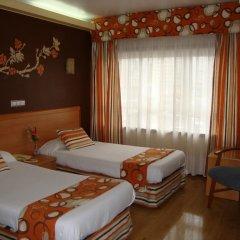 Отель Almirante Испания, Ла-Корунья - отзывы, цены и фото номеров - забронировать отель Almirante онлайн комната для гостей фото 2