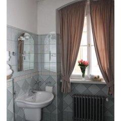Отель Prague Golden Age Номер с общей ванной комнатой фото 29