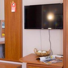 Гостиница Радужный 2* Стандартный номер с двуспальной кроватью фото 22