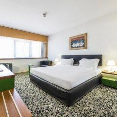 Отель Ramada by Wyndham Lisbon 4* Стандартный номер с различными типами кроватей фото 6