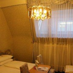 Schweizerhof Hotel 3* Стандартный номер фото 3