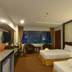 Siam Oriental Hotel 3* Улучшенный номер с 2 отдельными кроватями фото 3