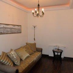 Отель Gotyk House 3* Стандартный семейный номер с двуспальной кроватью фото 5