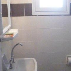 Отель Villa Kamari Star ванная