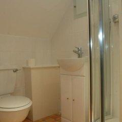 Отель The Dorrington Великобритания, Халстед - отзывы, цены и фото номеров - забронировать отель The Dorrington онлайн ванная