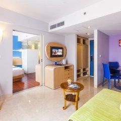 Отель Best Western Kuta Beach 3* Полулюкс с различными типами кроватей фото 2