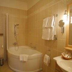 Гостиница Пушкарская Слобода 5* Люкс с различными типами кроватей фото 3