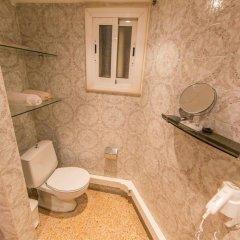 Отель Cuana Испания, Курорт Росес - отзывы, цены и фото номеров - забронировать отель Cuana онлайн ванная фото 3