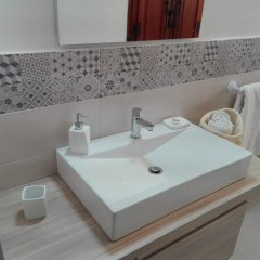 Отель villa teocles Джардини Наксос ванная фото 2