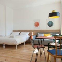 Апартаменты Sunny Boutique Studio Apartment комната для гостей фото 4