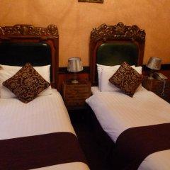 Russell Court Hotel 3* Стандартный номер с различными типами кроватей фото 7