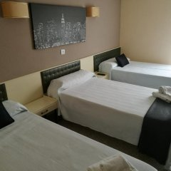 Отель Hostal Isla Playa Испания, Арнуэро - отзывы, цены и фото номеров - забронировать отель Hostal Isla Playa онлайн комната для гостей